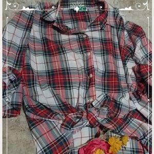 Light comfy cotton vintage preppy shirt